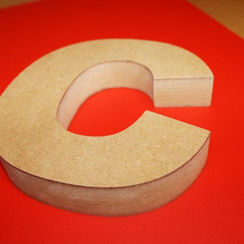 group-lettering-enseigne-totem-8